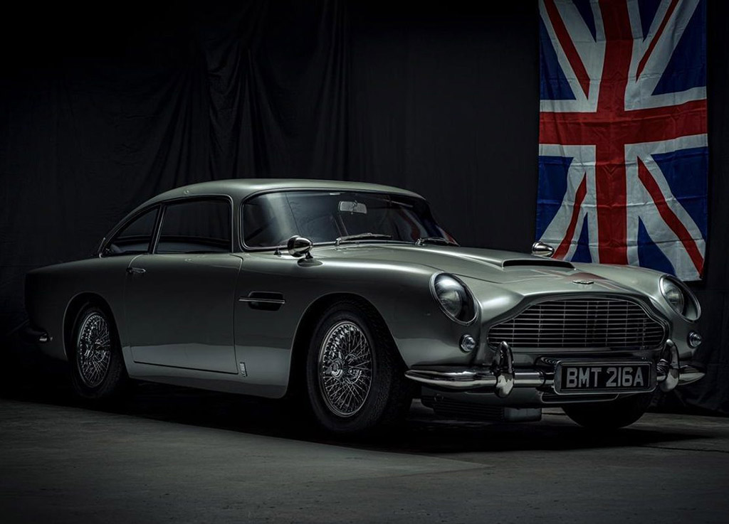 1:1 Scale Aston Martin DB5 James Bond