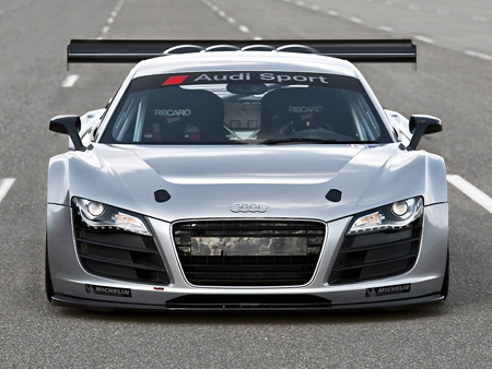 Audi on The 2009 Audi R8 Gt3 Powered By A 500hp V8 Conforms To The Production