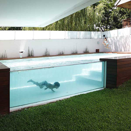 Modern Home Boasts Stunning Above-Ground Outdoor Pool - TechEBlog