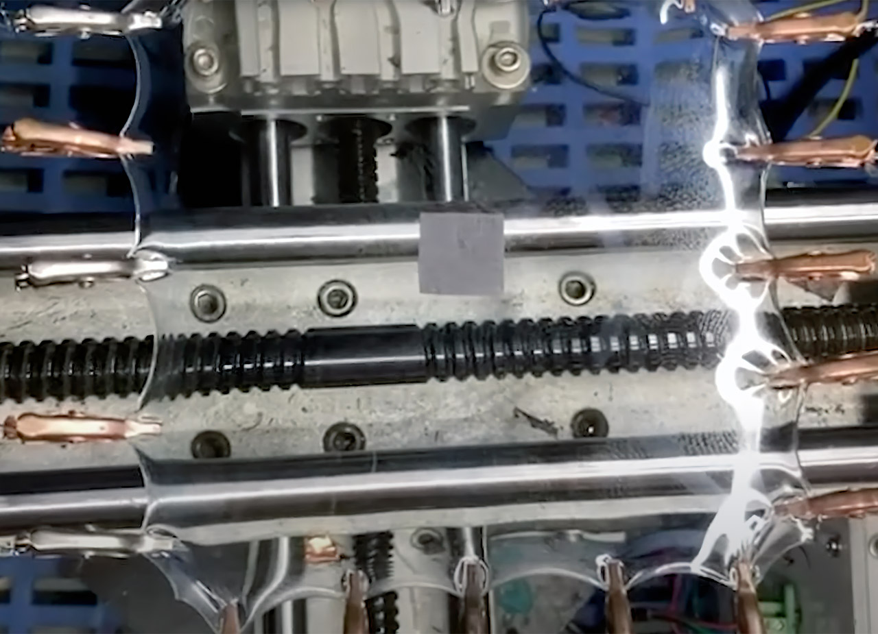 Accordion Supercapacitor Expand 800-Percent