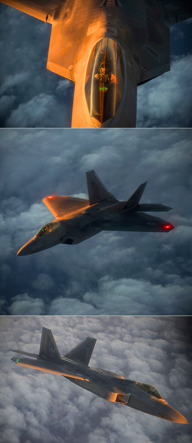 Aerial Refueling F-22