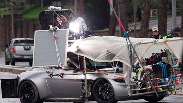 Aston Martin DB10 Stunt