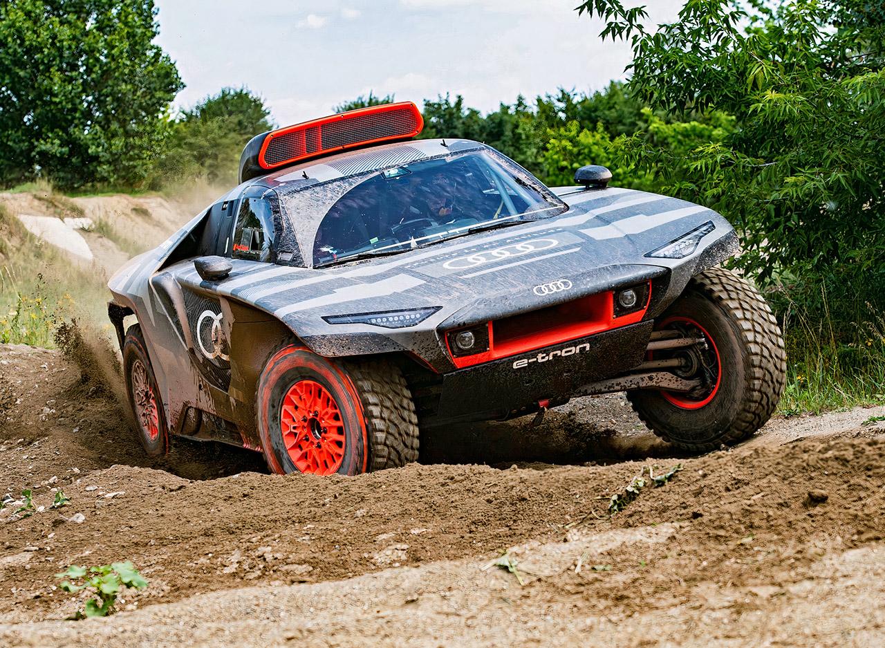 Audi RS Q E-Tron Hybrid Electric 2022 Dakar Rally