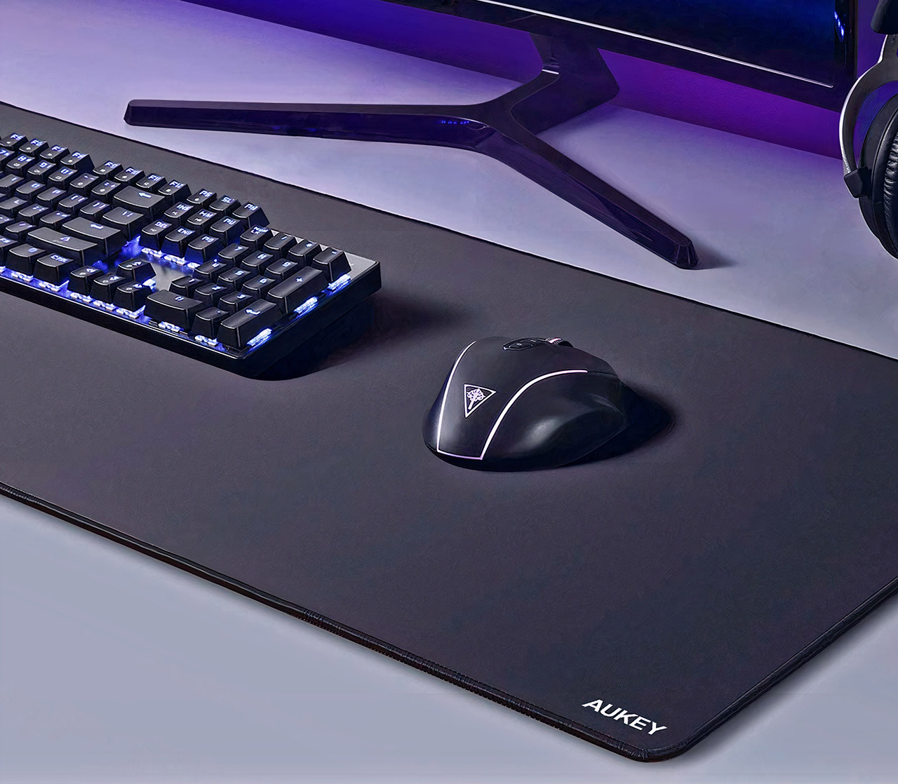 AUKEY XXL Gaming Mouse Pad KM-P3
