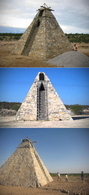 Aztec Pyramid Desert