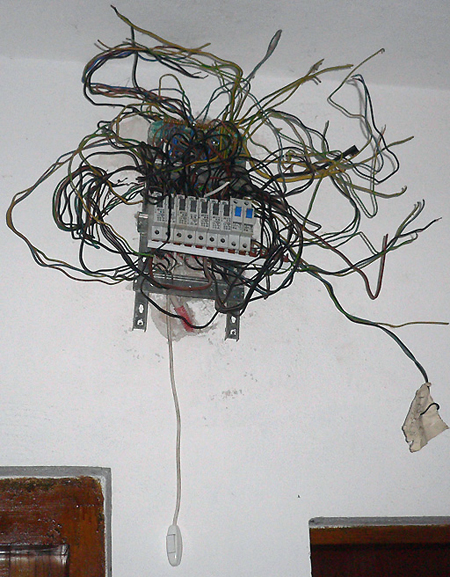 bad_wiring Will Wrong Wiring on