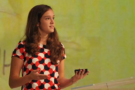16-Year-Old inventeur transforme les peaux de bananes en bioplastique utilisable