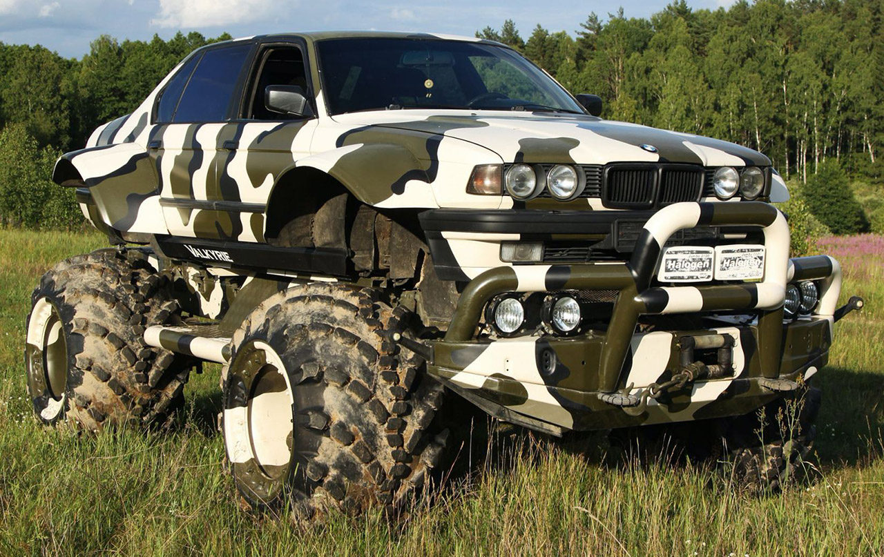 BMW 7-Series Monster Truck