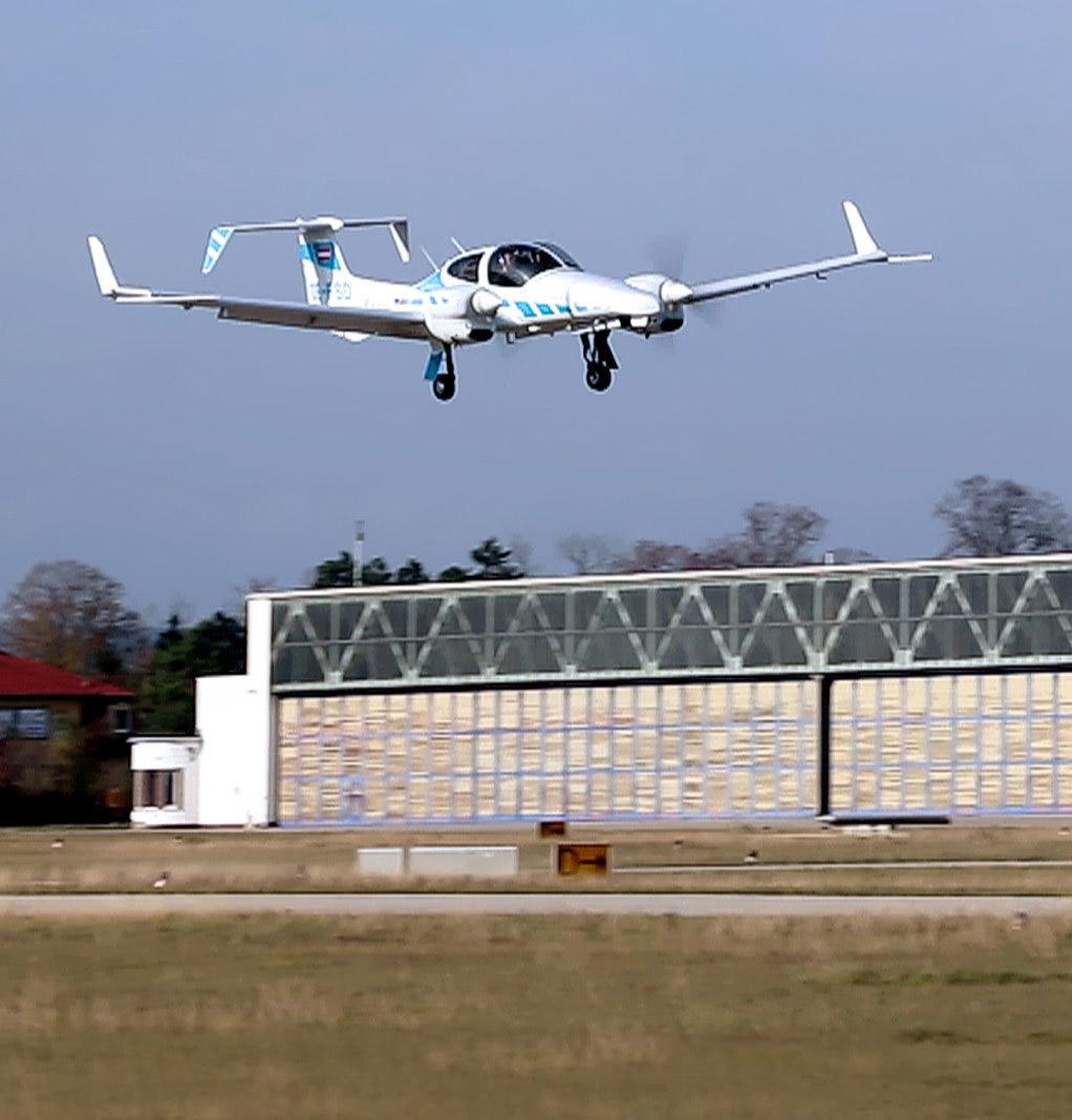 Plane Landing Fully Autonomous