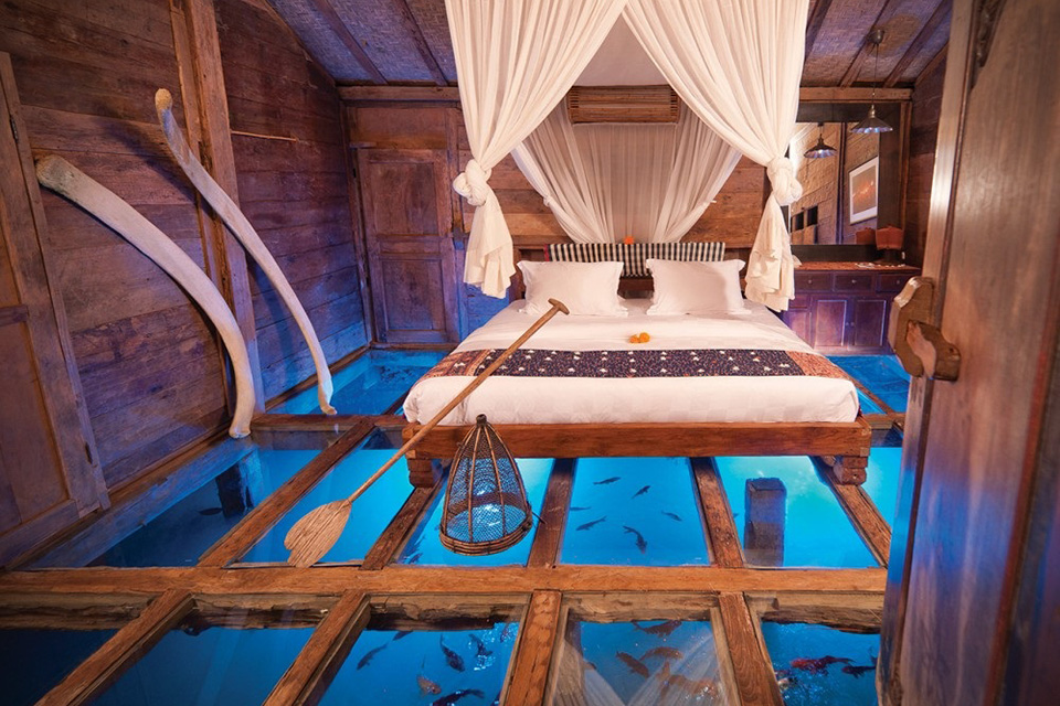 Clear Glass Floor Hotel Room Bambu Indah