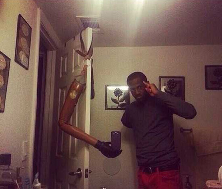 18 Cool and Creative Selfies That Think Outside the Box ...