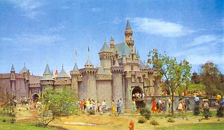 Rarely Seen Color Photographs Of Disneyland From TechEBlog - 18 amazing rare colour photos disneyland 1955