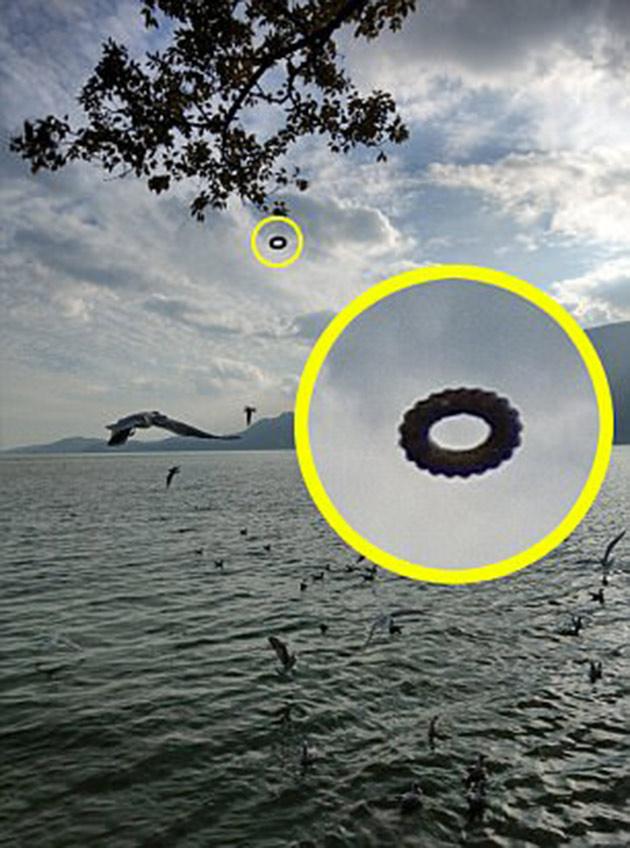 Doughnut UFO Donu
