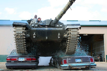 Cars Under $800 >> Drive A Tank Lets You Crush Two Cars For Under 800 Techeblog