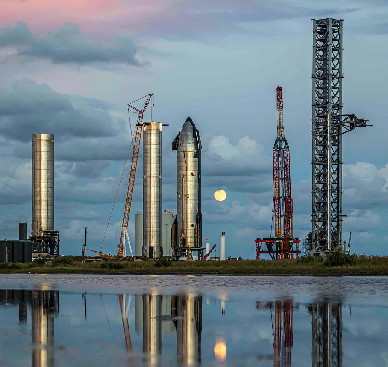 Elon Musk SpaceX Gateway to Mars Starship