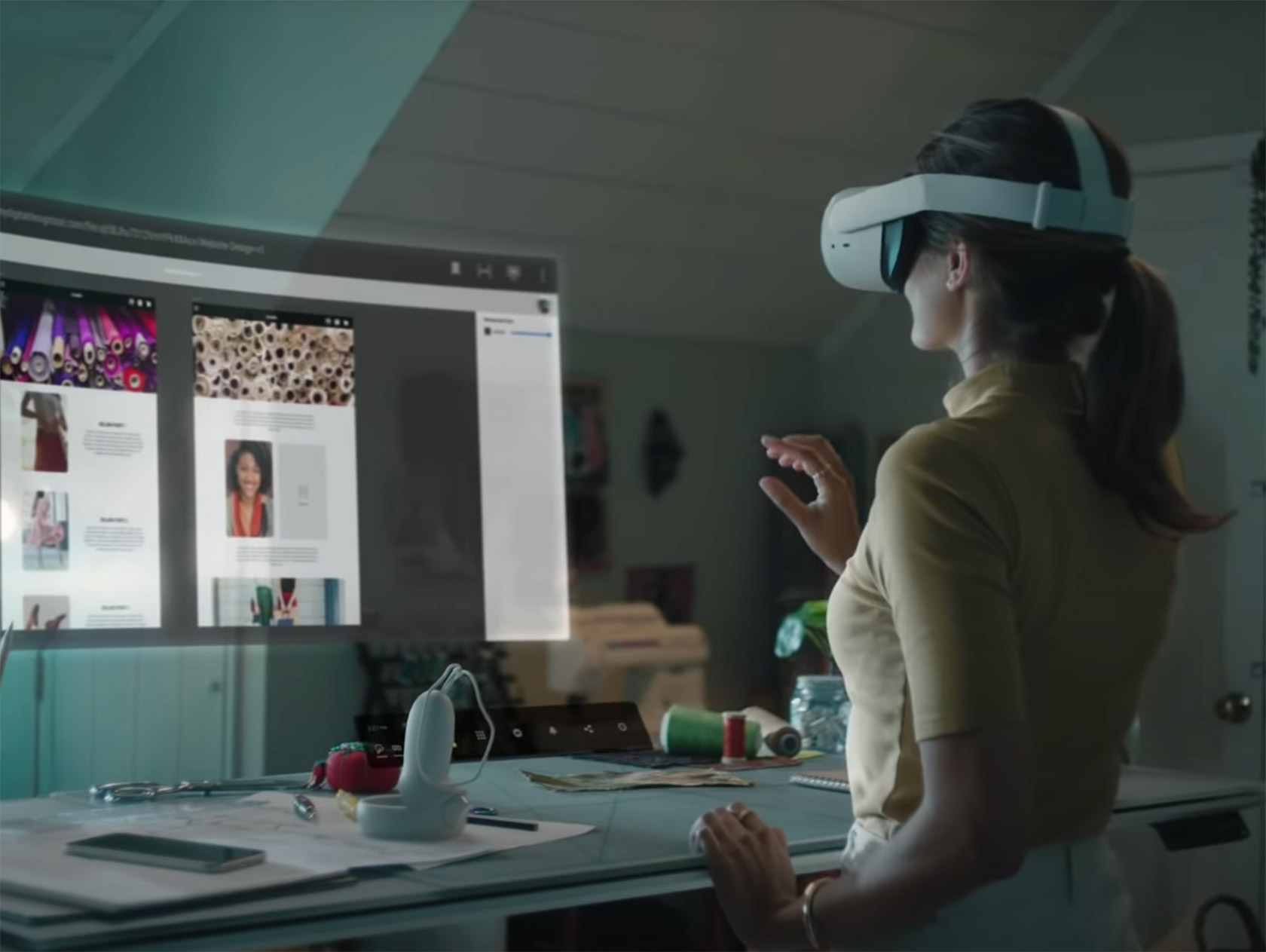 Facebook Infinite Office Virtual Reality Oculus VR