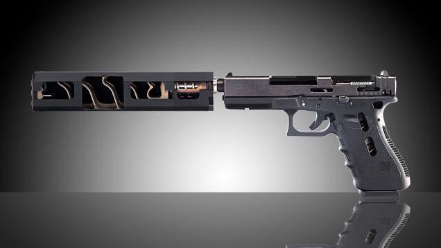 Lorsque vous coupez un silencieux d'arme à feu dans la moitié, c'est ce qu'il regarde comme