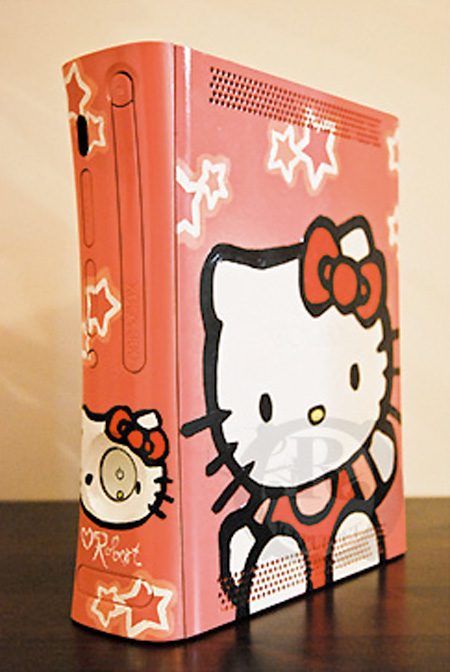 this custom Xbox 360 features a Hello Kitty theme, but unfortunately no