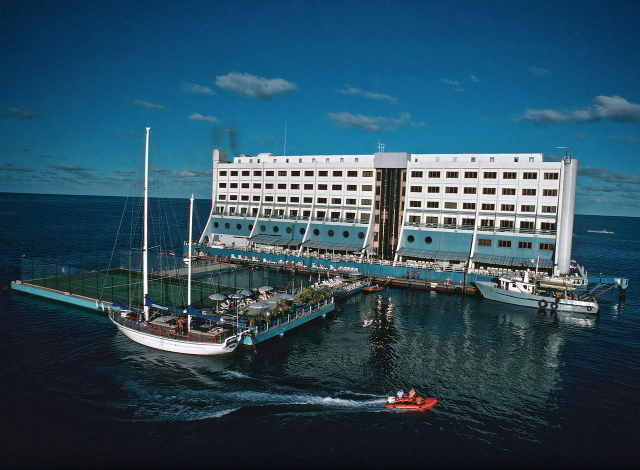 Hotel Haegumgang Barrier Reef Resort Floating North Korea