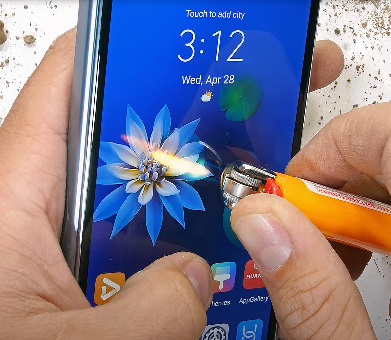 Huawei Mate X2 Foldable Smartphone Durability Test