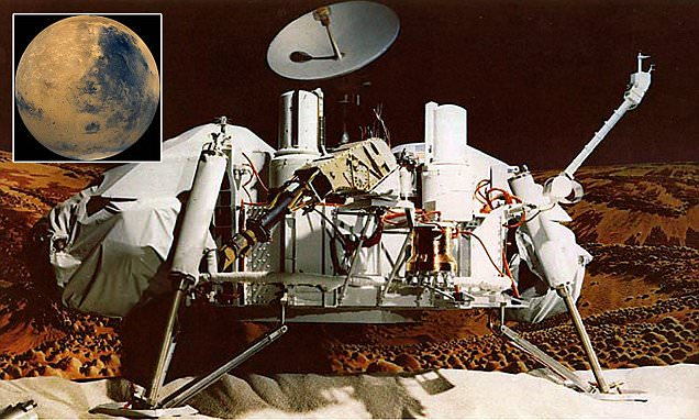 Former NASA Employee Claims She Saw Humans Walking on Mars in 1979