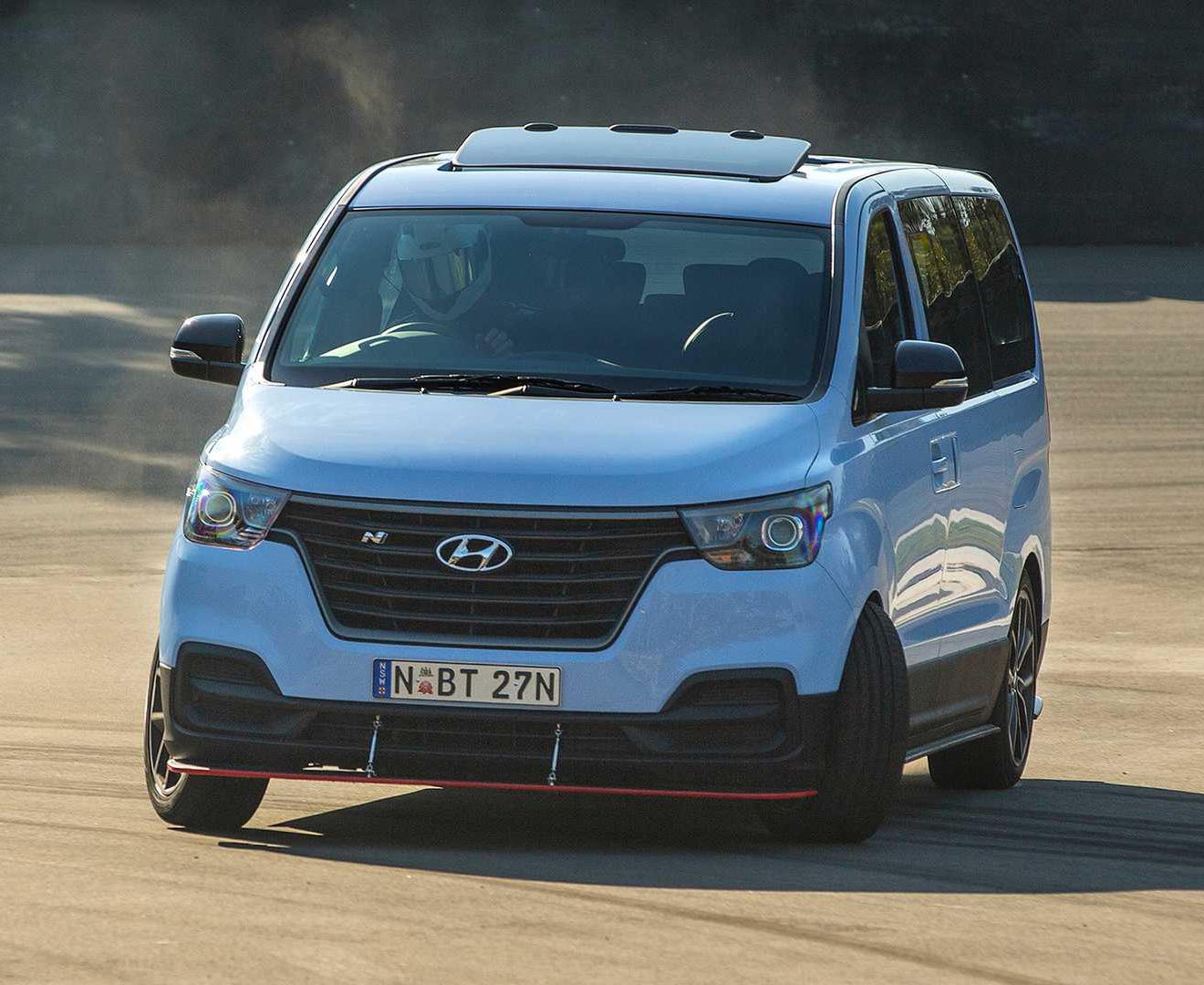 Hyundai iMax N Drift Bus Minivan