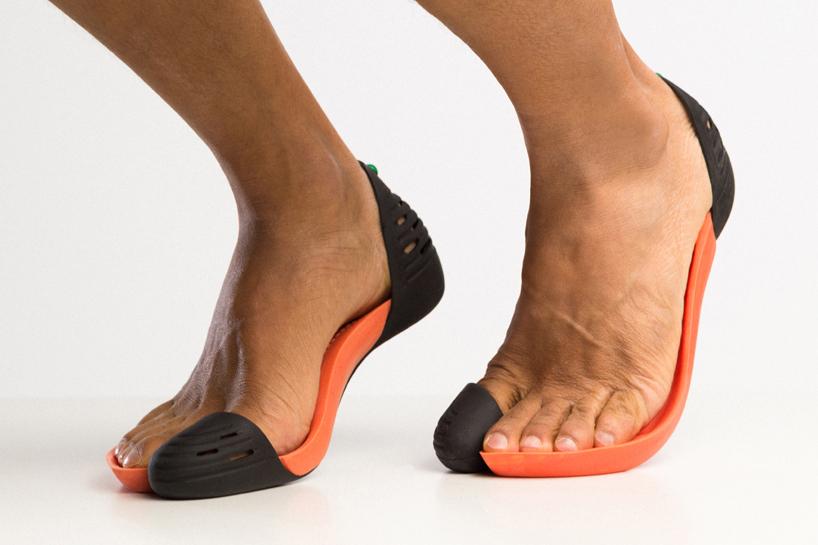 iGUANEYE Flip-Flops