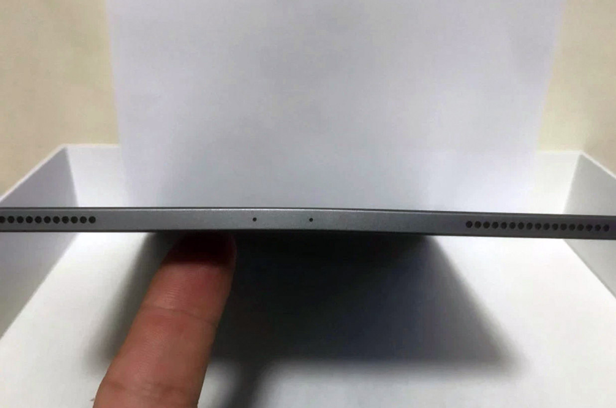 Apple Says Some New 2018 iPad Pros Ship Bent Straight from