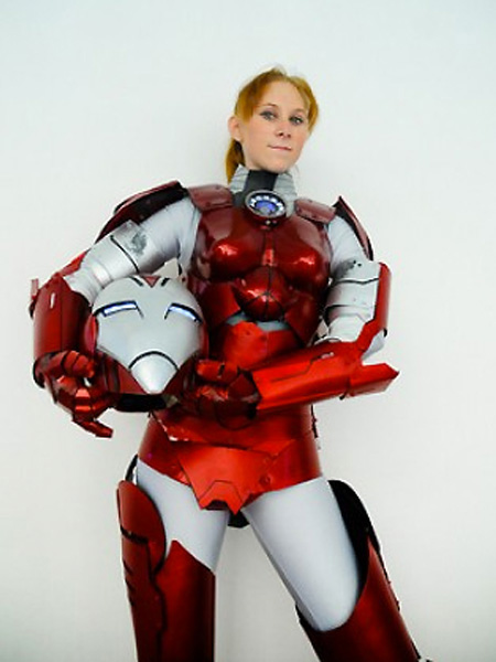 Geeky Girls in Iron Woman Costumes - TechEBlog