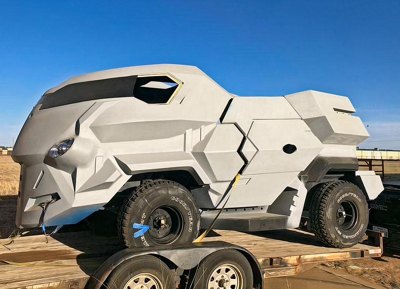 Judge Dredd Movie Vehicle Land Rover 101FC