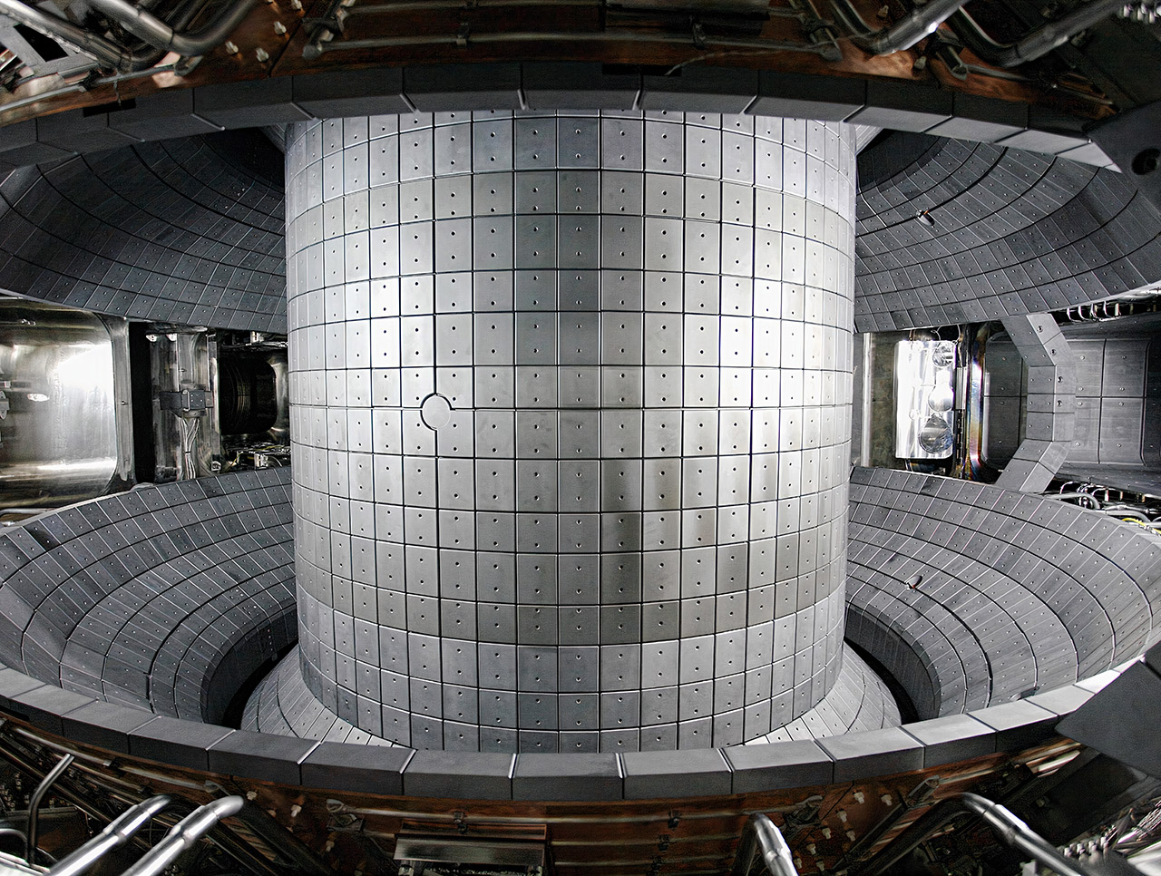 KSTAR Superconducting Fusion Device Record