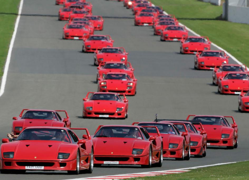 Largest Ferrari F40 Gathering