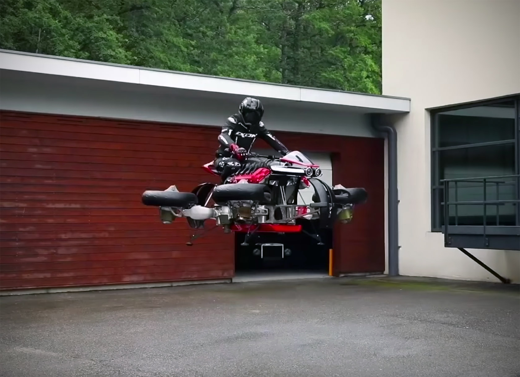 Lazareth La Moto Volante LMV-496 Flying Motorcycle
