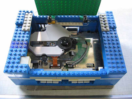 how to make a lego working vault