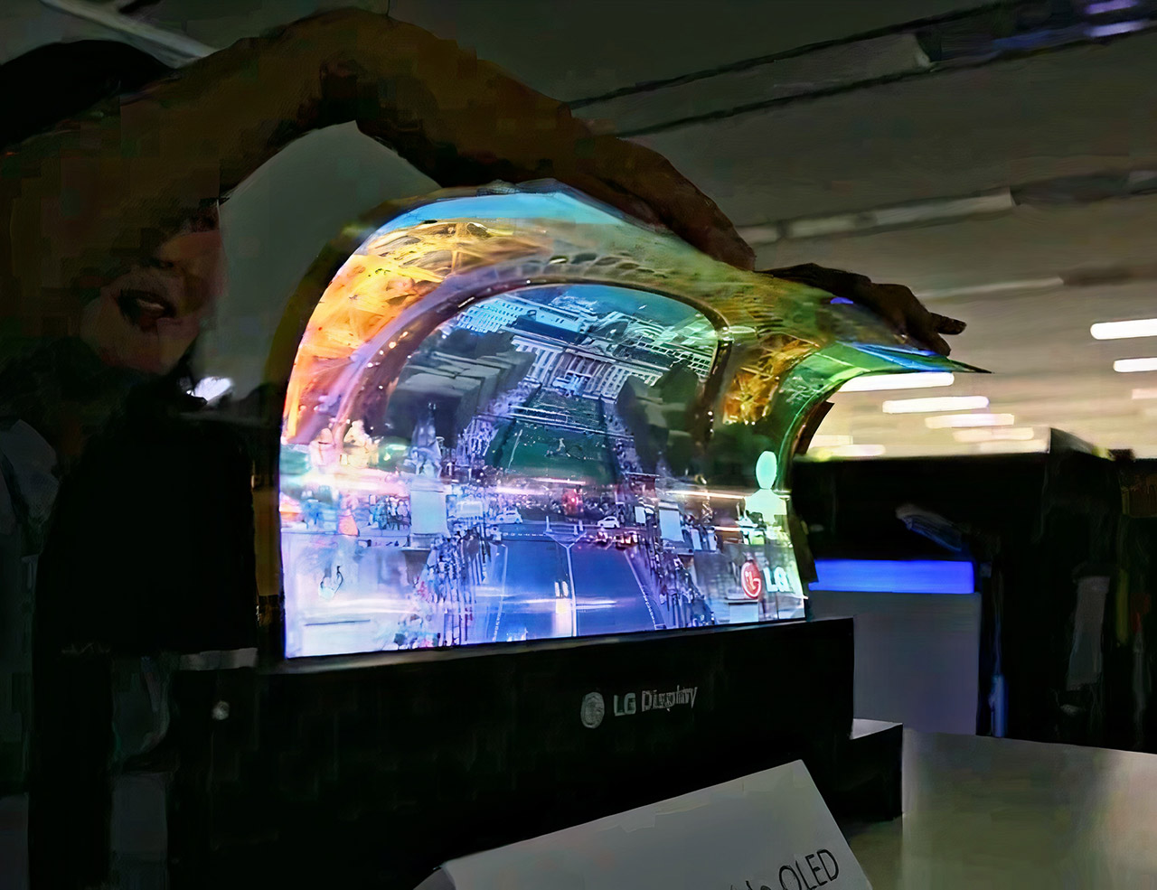 LG Rollable Laptop Flexible Display