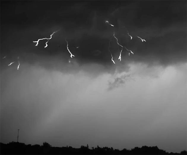 Lightning 7000 FPS