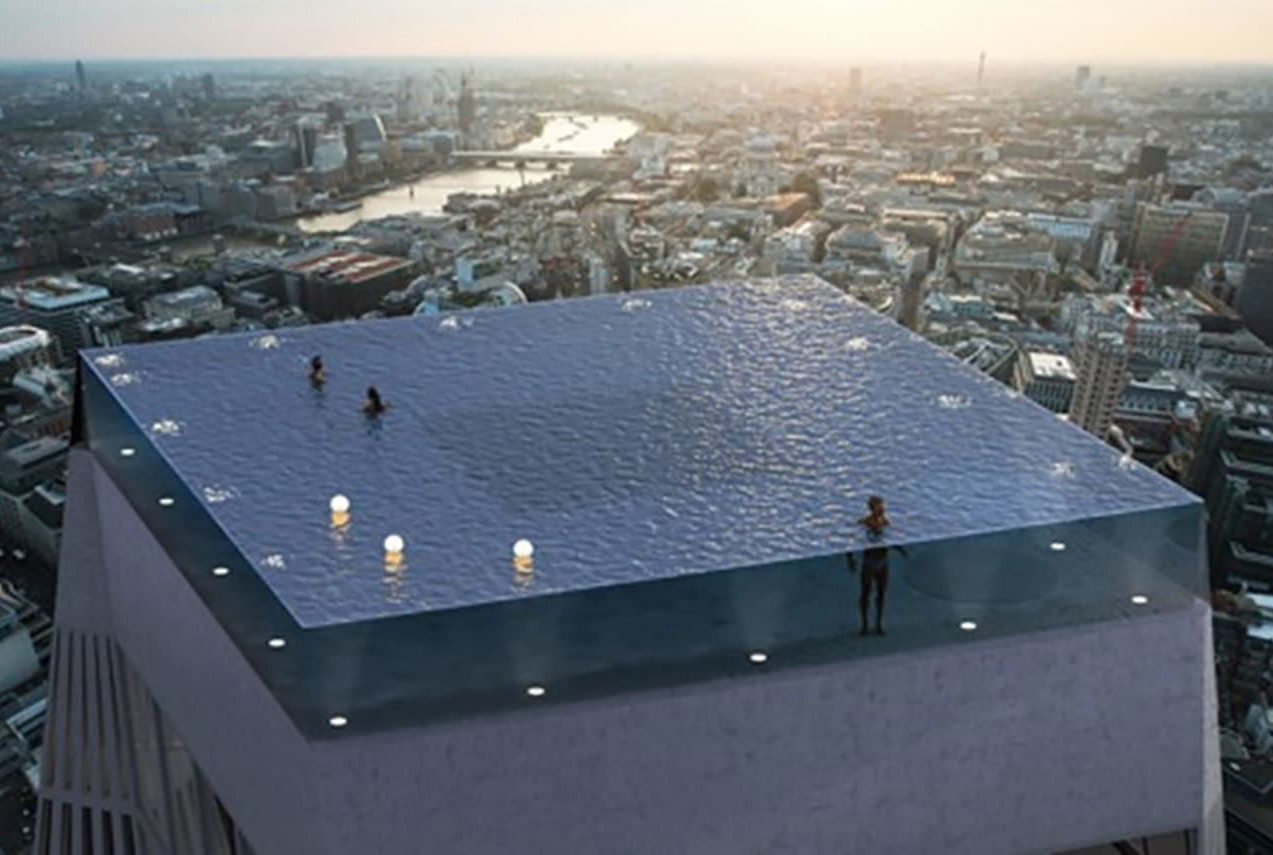 London 360-Degree Infinity Pool
