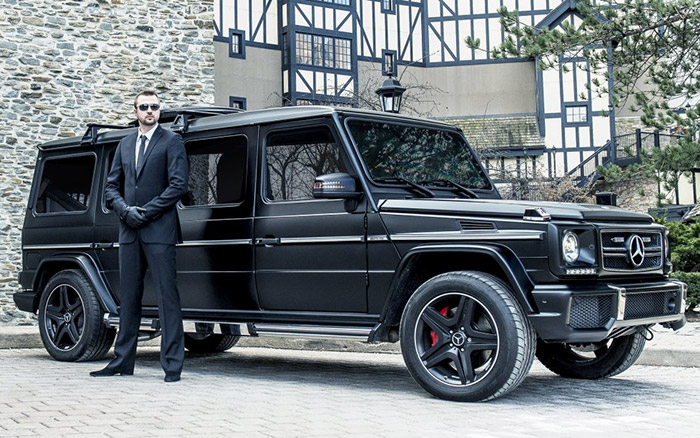 mercedes benz g63 amg armored limousine is ultra luxurious costs 1 million techeblog. Black Bedroom Furniture Sets. Home Design Ideas
