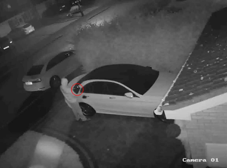 Mercedes Keyless Entry Hacked