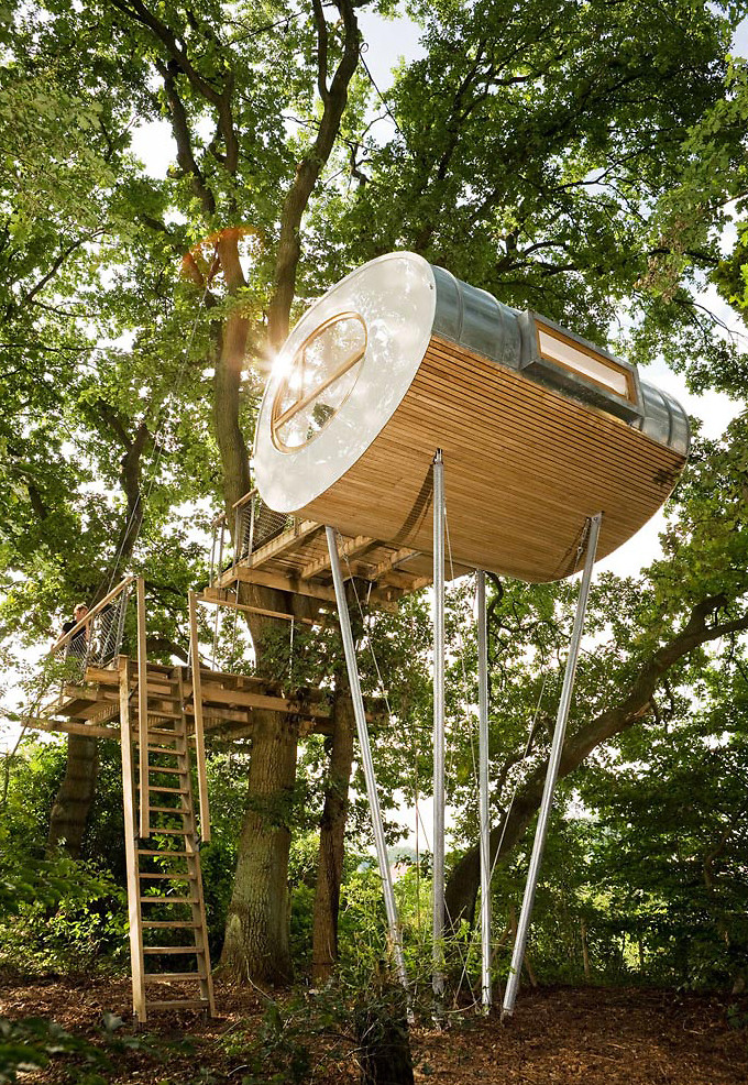 It looks like a spacecraft with legs but this is actually for Modern tree house designs