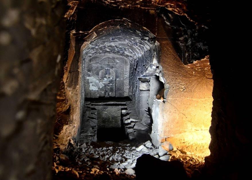 Mythical Tomb Osiris