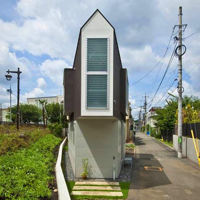 Narrow Japanese House
