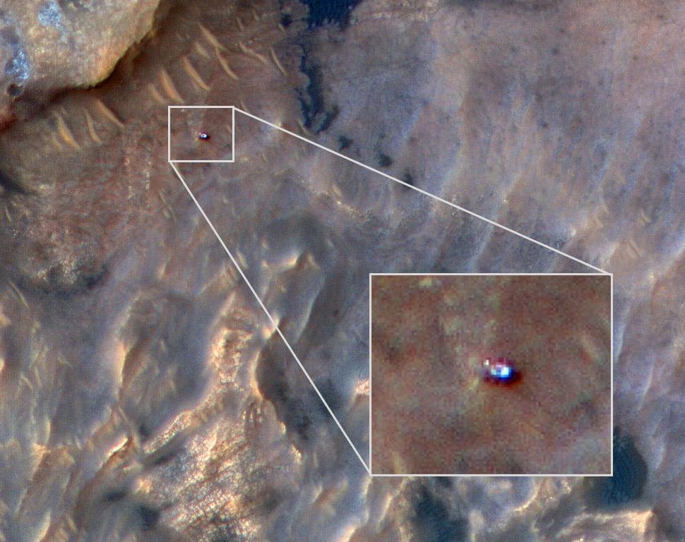 NASA HiRISE Curiosity Rover Mars