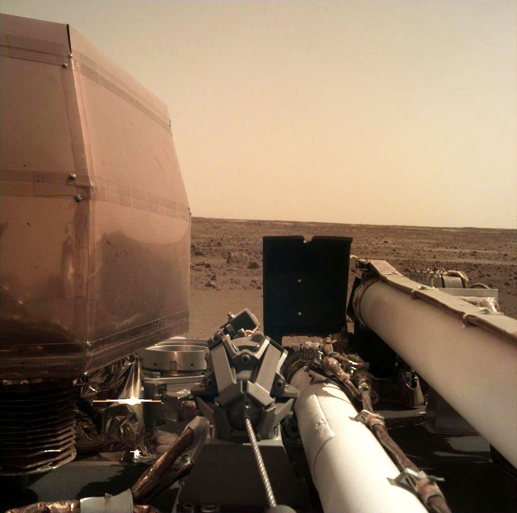 NASA InSight First Clear Mars Picture