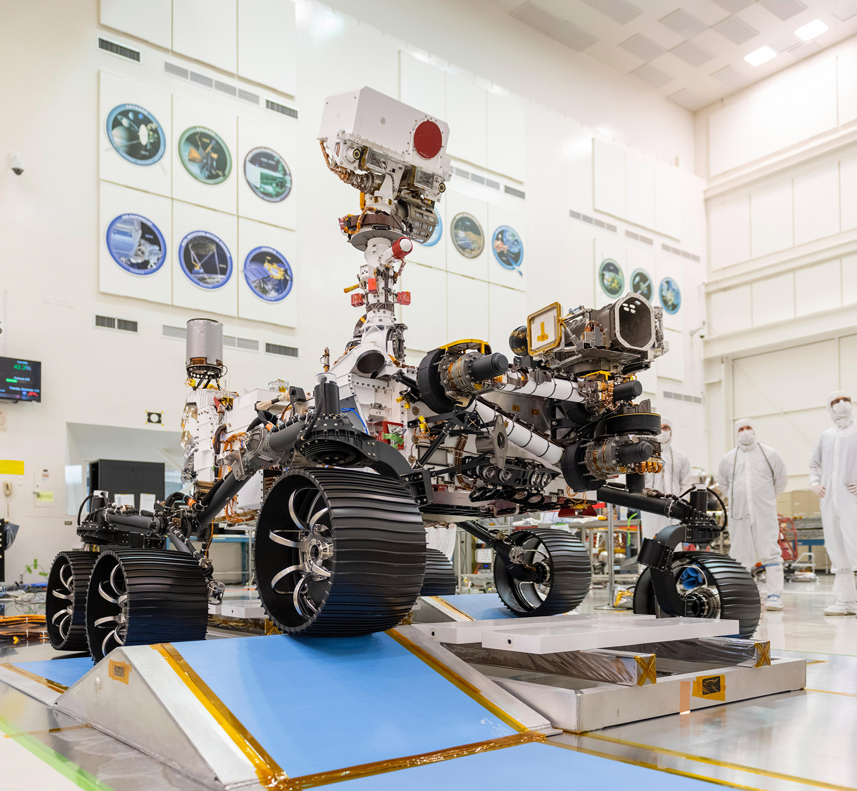 NASA Mars 2020 Rover Test Drive JPL