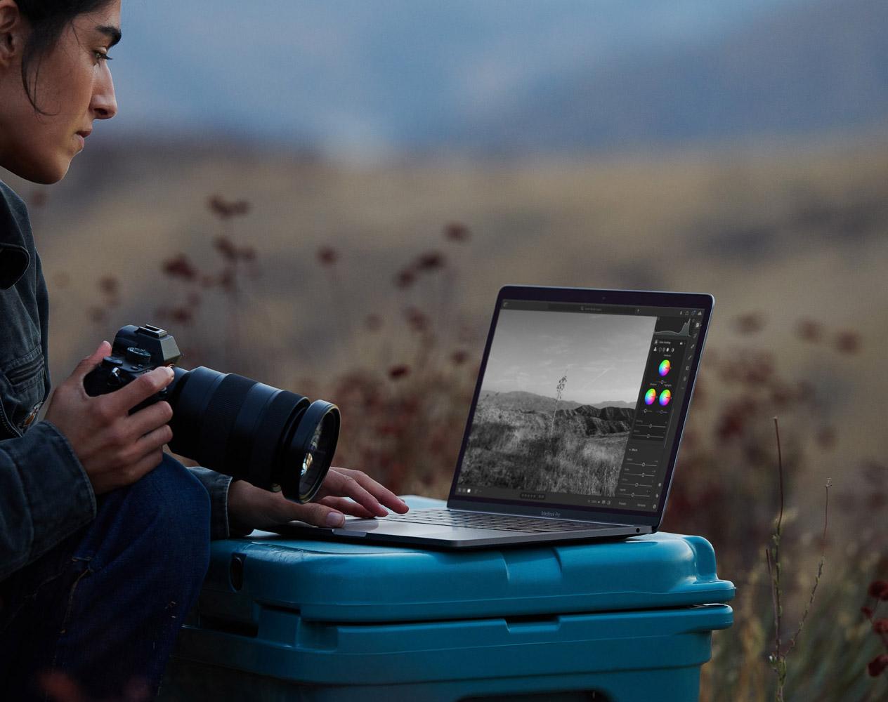 New Apple MacBook Pro M1 2021