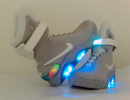 No, these aren't the official Nike MAG shoes, but rather an incredible  homemade version. In a nutshell, this modder