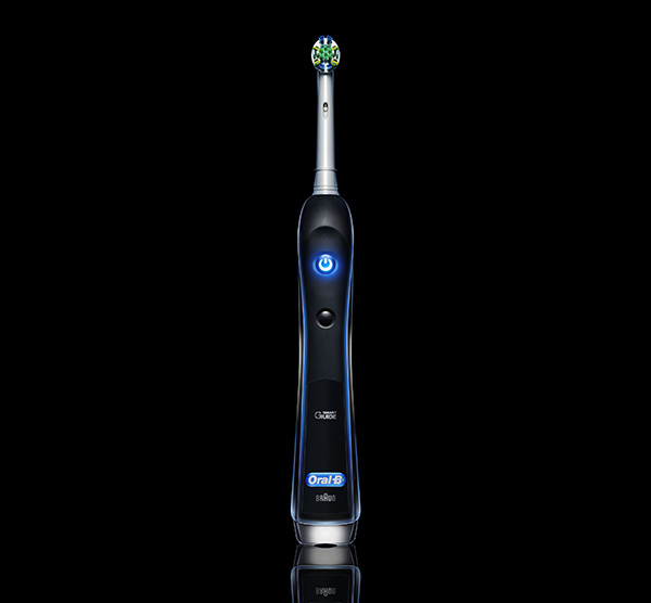 Oral-B Precision Black 7000 Rechargeable Electric Toothbrush Gets 59% Reduction to $89.99 Shipped, Today Only
