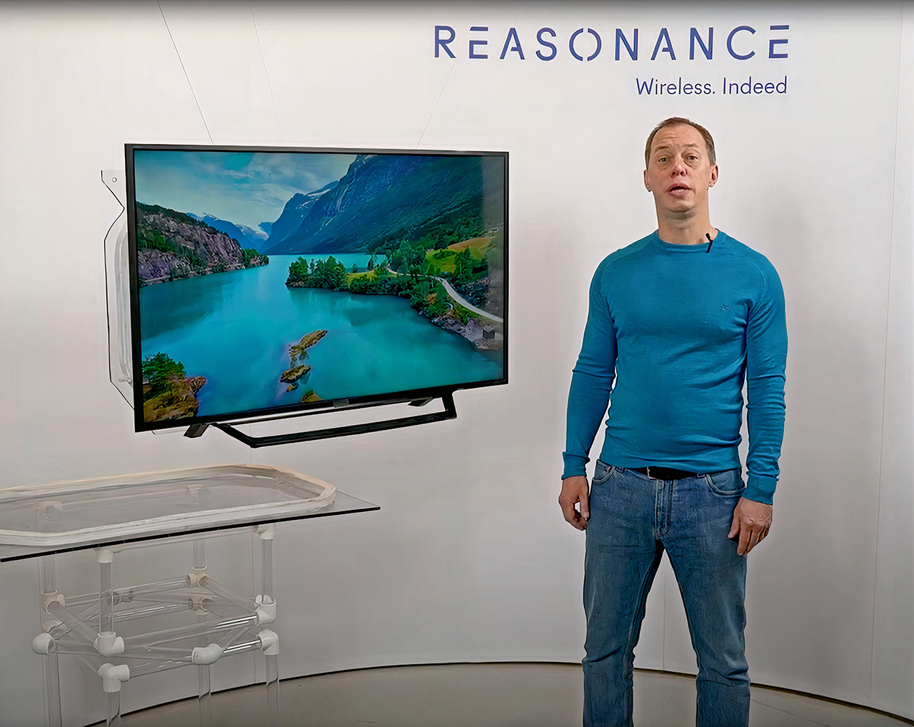 Reasonance Wireless TV Technology CES