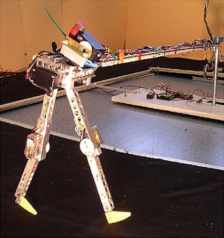 Робот который ходит своими руками
